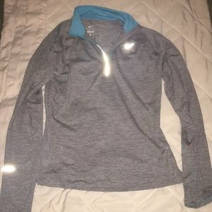Nike Dri-Fit Long Sleeve Tee Medium